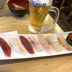 魚志 - 2000円のお寿司