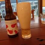 141751896 - 苺のビールは泡がゴイスーw 202011