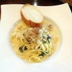 14178788 - 白身魚と貝柱のクリームソーススパゲティー 西京味噌風味