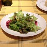 ビステッカ - 【'12/07/26撮影フッジローニ やわらかチキンとたっぷりチーズ 1000円 のサラダ