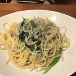 イル ボッチョーロ - シラスと九条ネギのスパゲッティ