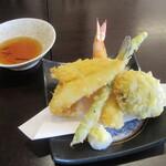 手打ち蕎麦や さ和味 - 料理写真:「天もり」の天ぷら