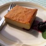 14181614 - チーズケーキ¥350