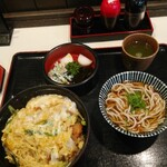 そば宏 - カツ丼大盛り丼ぶり定食