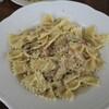 イタリア人のカフェ ベルデマーレ - 料理写真:生鮭とキノコのクリームパスタ