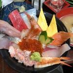 141816364 - 「おまかせ丼」(1880円)