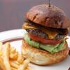 オールドニューダイナー - 料理写真:ベーコンチーズバーガー