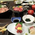 横川温泉 中野屋旅館 - 料理写真:夜の食事