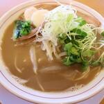タカラヤ - 料理写真:煮干しそば(甲)です☆ 2020-1127訪問