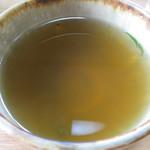 池田 - そば湯はほぼ無色透明でまるで白湯のよう