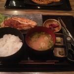 14186836 - 大山鶏 刺身ステーキ定食