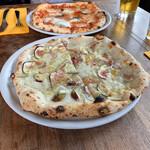 DADA - 『イチジクと白カビチーズのPizza』