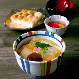 美々卯は、出汁を料理だと考えています。