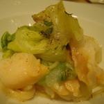 Trattoria VICINO - つぶ貝とレタスの冷製パスタ。これもシェフお得意なメニューです。