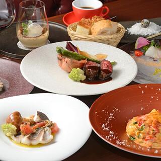 宮崎県産の鮮魚や、新鮮な野菜をふんだんに使用した贅沢なお料理
