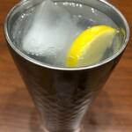 カフェラッテ - アルコールはレモンサワーのみです