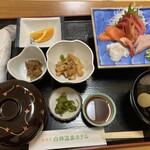 あきた白神温泉ホテル - 料理写真:刺身定食
