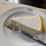 明治の館 - チーズケーキ(ニルバーナ)