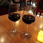 酒の大桝 wine & beer Daimasu Bar - がぶ飲み赤ワイン(380円)