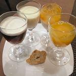 14193006 - 杏仁豆腐(左上) サングリアブランカ(右上) コーヒーゼリー(左下) バナナ味のパン(下段中央) オレンジゼリー(右下)
