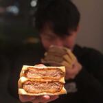 ワギュウマフィア・ザ・カツレツ・サンドイッチ -