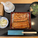 和食 すずなり - 料理写真:鰻の質や焼き方は駒形家さんに一歩譲るが、十分美味しい。