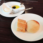 the soup - お魚ランチコース(1600円)パン・自家製マーガリンとバルサミコ酢入りオリーブオイル