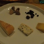 シャトー・ド・ラ・ポンプ - チーズの盛り合わせ