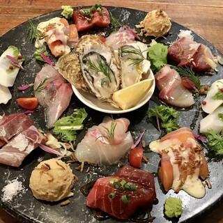 毎日豊洲市場にて仕入れた鮮魚による「究極の海鮮カルパッチョ」