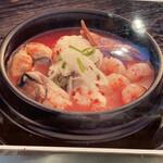 白釜飯 純豆腐火鍋 まん馬 - 海鮮スンドゥブ
