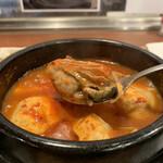 白釜飯 純豆腐火鍋 まん馬 - 牡蠣