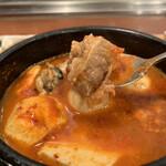 白釜飯 純豆腐火鍋 まん馬 - 牛肉