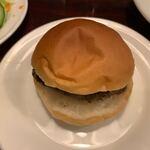 141973483 - 【ほそやのハンバーガー…350円】2020/10