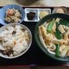 勢野うどん - 料理写真:きつねうどんのセット