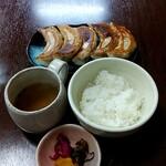 141987006 - 餃子定食