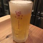 エムイソスタンド - 生ビール ジョッキはキンキン!