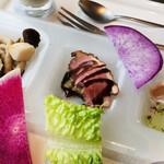 THE BLINK all day dining - マグレカナールのロティ 茄子のコンフィ バルサミコソース