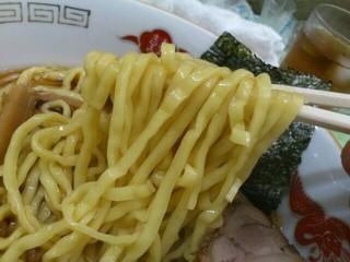 中華そば 大宣 - ラーメンの麺