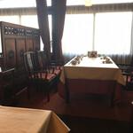 名鉄菜館 - 席はゆったり。(^^)