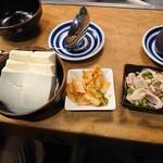 motsunabesemmontengansomotsunaberakutenchi - 豆腐とキムチともつ酢