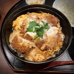 Tonkatsumaisen - 黒豚かつ丼。