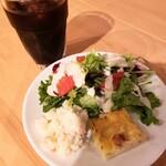 TREE - ディナーBプランのサラダとドリンク