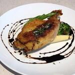 Natural kitchen yoomi - 柔らか鶏もも肉のコンフィ バルサミコソース