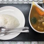 BORN - 料理写真:スープカレー550円