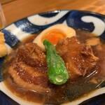 中央酒場 - 料理写真:豚角煮