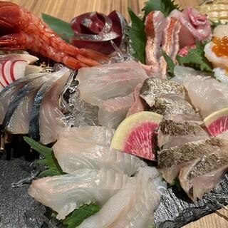 季節の恵みをご堪能あれ!旬の鮮魚でおもてなし