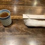 禅味 一茶庵本店 - 料理写真:お支度。そば湯とお箸、おしぼり