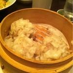 中国料理 ロータスダイニング - 料理写真:シューマイ