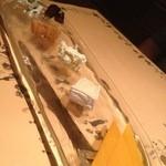 14207068 - チーズのアラカルト