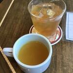 アロハテーブル - スープと自家製レモネード